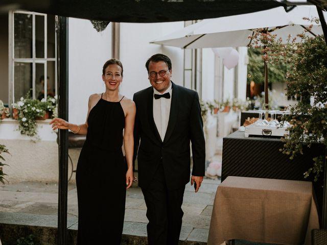 Il matrimonio di Thomas e Julia a Ranco, Varese 8