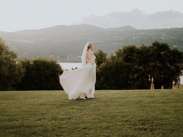 Il matrimonio di Thomas e Julia a Ranco, Varese 15