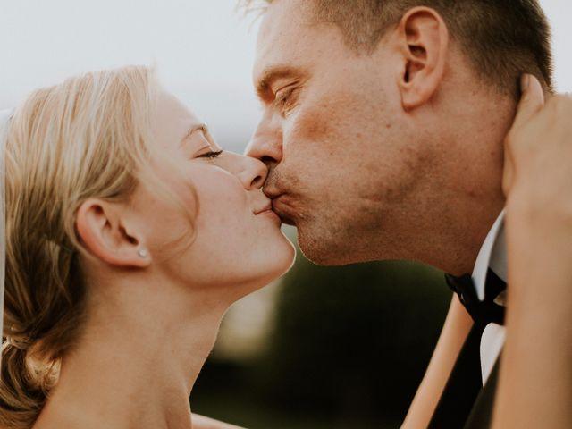 Il matrimonio di Thomas e Julia a Ranco, Varese 20