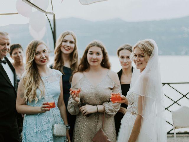 Il matrimonio di Thomas e Julia a Ranco, Varese 26