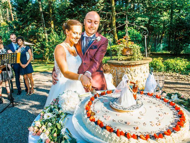 Il matrimonio di Davide e Ilaria a Veniano, Como 21