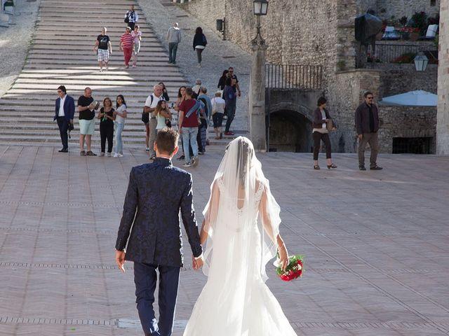 Il matrimonio di Alessio e Serena a Spello, Perugia 11