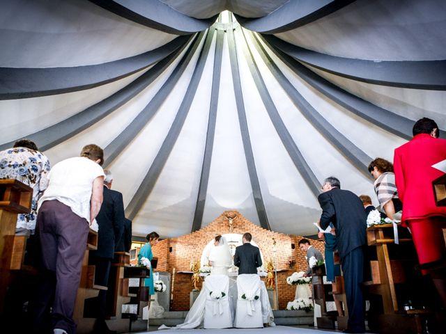 Il matrimonio di Simone e Lucia a Cortenova, Lecco 10