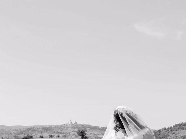 Il matrimonio di Giuseppe e Kerry a San Gimignano, Siena 7