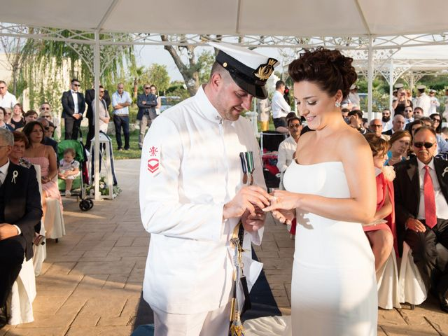 Il matrimonio di Giuseppe e Irina a Novoli, Lecce 32