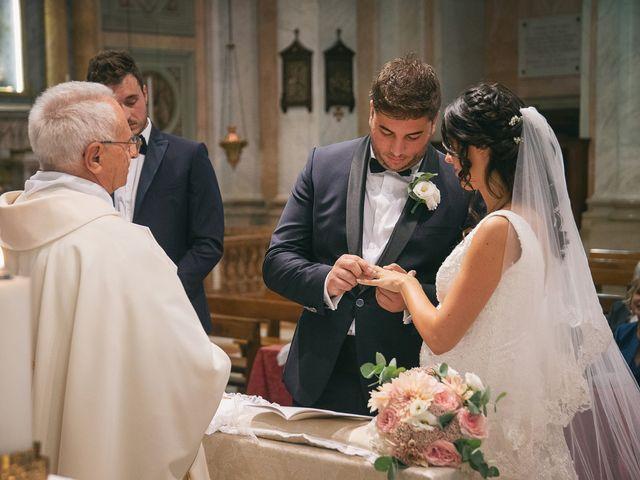 Il matrimonio di Luca e Gretha a Calco, Lecco 23