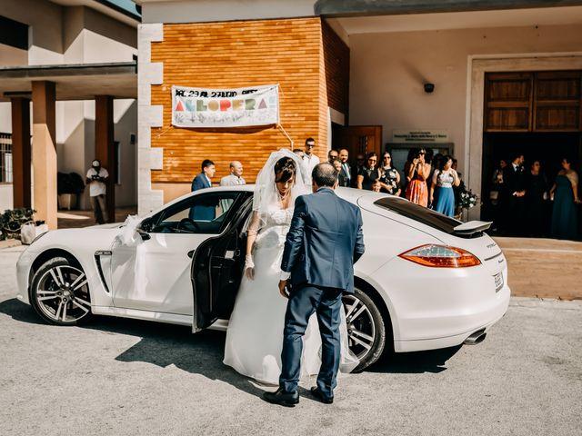 Il matrimonio di Ilenia e Marco a Montemarciano, Ancona 23