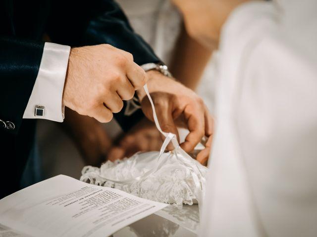 Il matrimonio di Ilenia e Marco a Montemarciano, Ancona 32