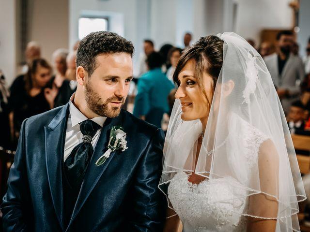 Il matrimonio di Ilenia e Marco a Montemarciano, Ancona 35