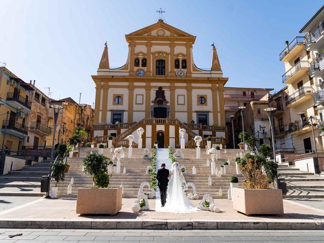 Il matrimonio di Crescentino e Giovanna a Belmonte Mezzagno, Palermo 30