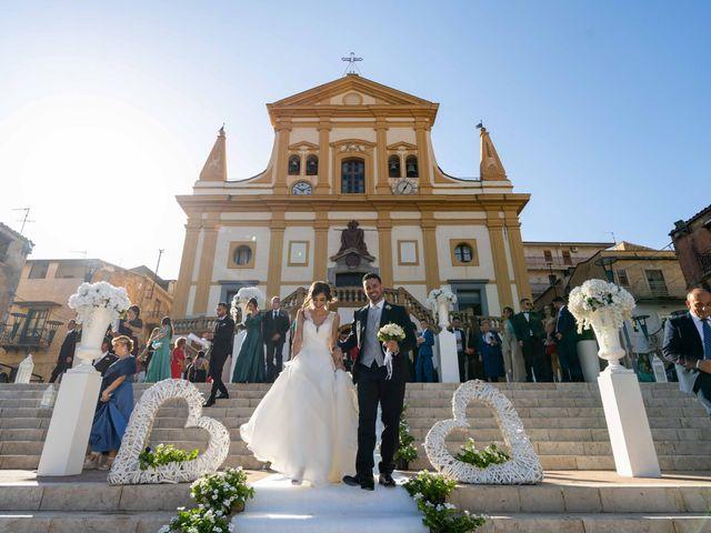 Il matrimonio di Crescentino e Giovanna a Belmonte Mezzagno, Palermo 35