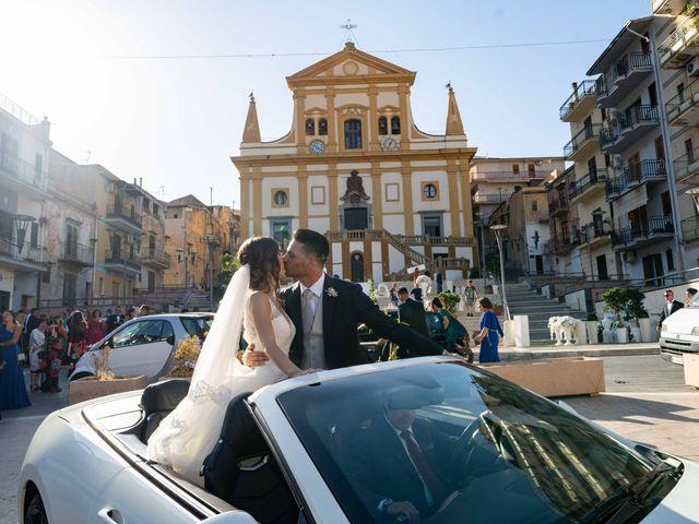 Il matrimonio di Crescentino e Giovanna a Belmonte Mezzagno, Palermo 36