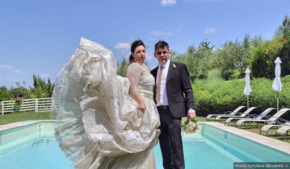 Il matrimonio di Stefano e Rosa a San Gimignano, Siena