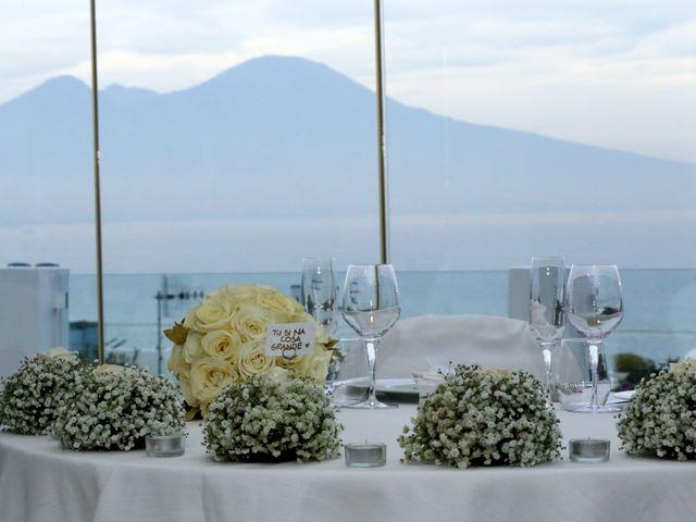 Il matrimonio di Daniele e Roberta a Napoli, Napoli 16