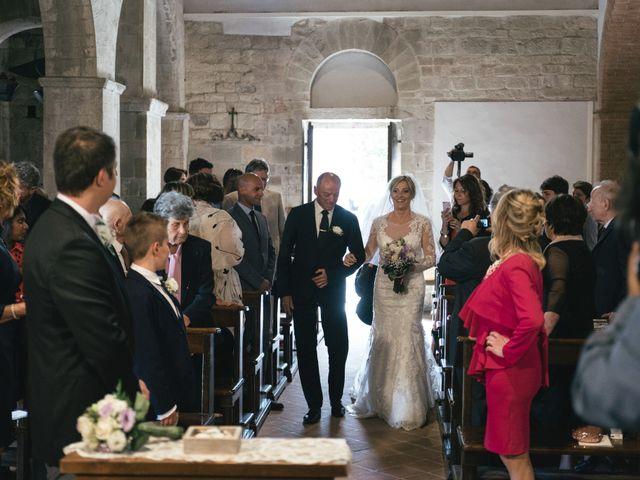 Il matrimonio di Paolo e Simona a Lucca, Lucca 17