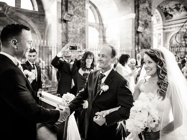 Il matrimonio di Matteo e Greta a Gallarate, Varese 13