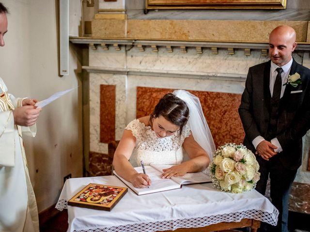 Il matrimonio di Massimo e Valentina a Lecco, Lecco 36