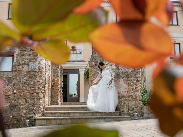 Il matrimonio di Daniele e Mona a Vibo Valentia, Vibo Valentia 5