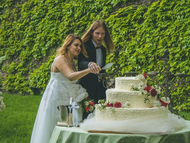 Il matrimonio di Stuart e Laura a Oviglio, Alessandria 52