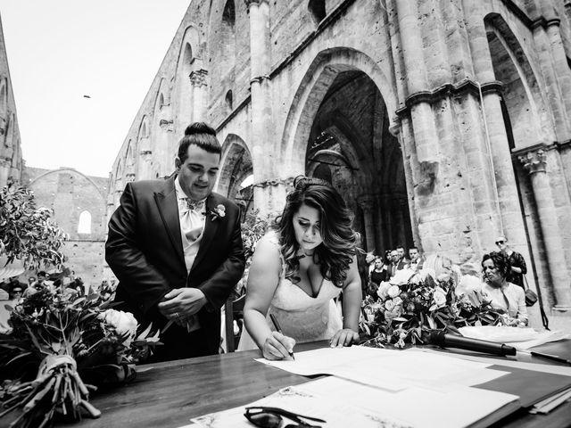 Il matrimonio di Iacopo e Giulia a Chiusdino, Siena 49