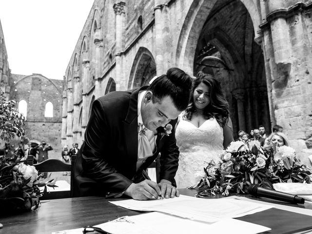 Il matrimonio di Iacopo e Giulia a Chiusdino, Siena 52