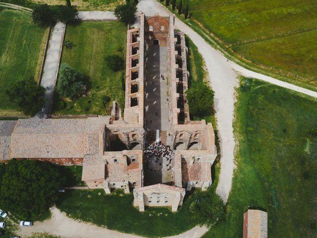 Il matrimonio di Iacopo e Giulia a Chiusdino, Siena 55