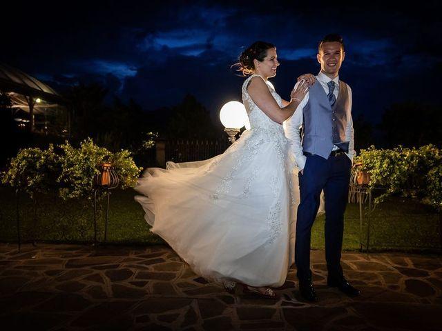 Il matrimonio di Emanuele e Monica a Luino, Varese 17