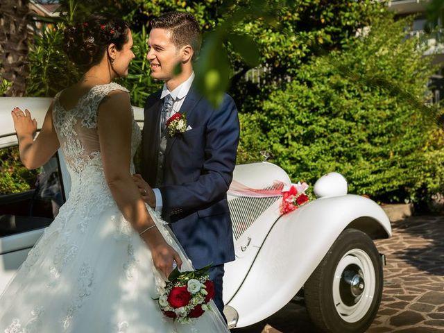 Il matrimonio di Emanuele e Monica a Luino, Varese 44