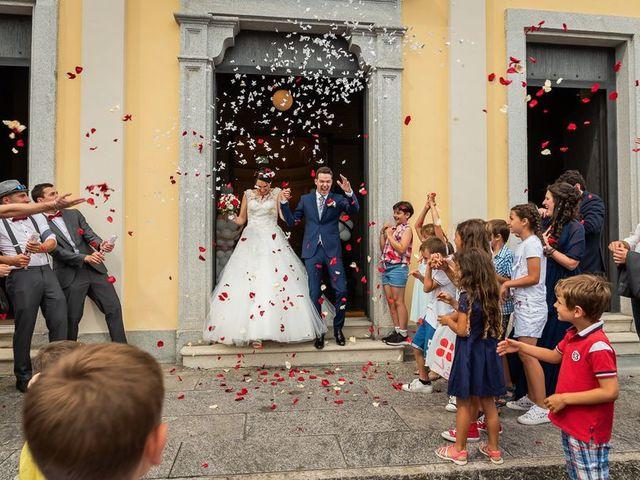 Il matrimonio di Emanuele e Monica a Luino, Varese 54