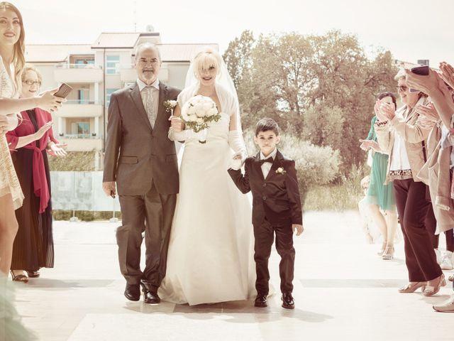 Il matrimonio di Fabio e Sandra a Tortoreto, Teramo 8