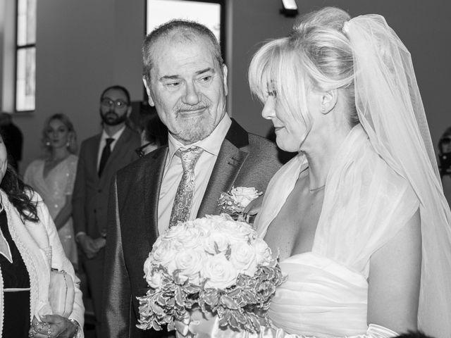 Il matrimonio di Fabio e Sandra a Tortoreto, Teramo 9