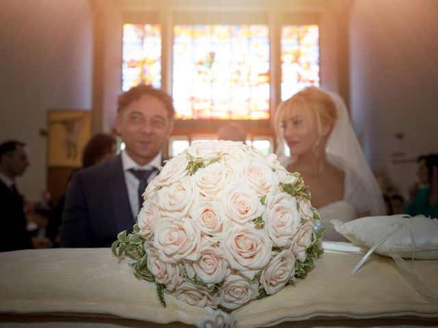 Il matrimonio di Fabio e Sandra a Tortoreto, Teramo 14
