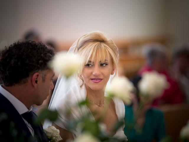 Il matrimonio di Fabio e Sandra a Tortoreto, Teramo 26