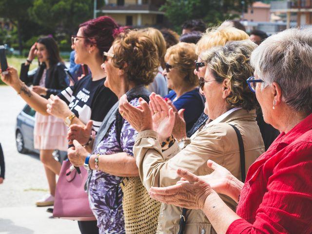 Il matrimonio di Fabio e Sandra a Tortoreto, Teramo 40