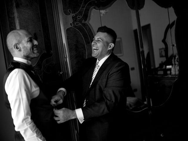 Il matrimonio di Angela e Camillo a Pozzuoli, Napoli 12