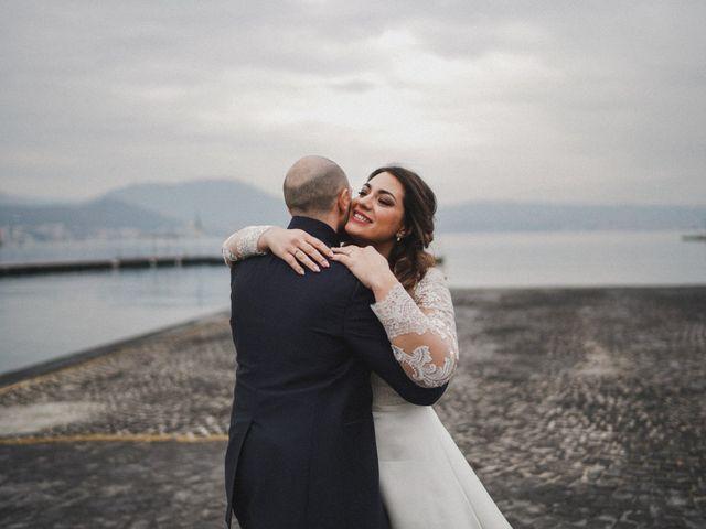 Il matrimonio di Angela e Camillo a Pozzuoli, Napoli 31