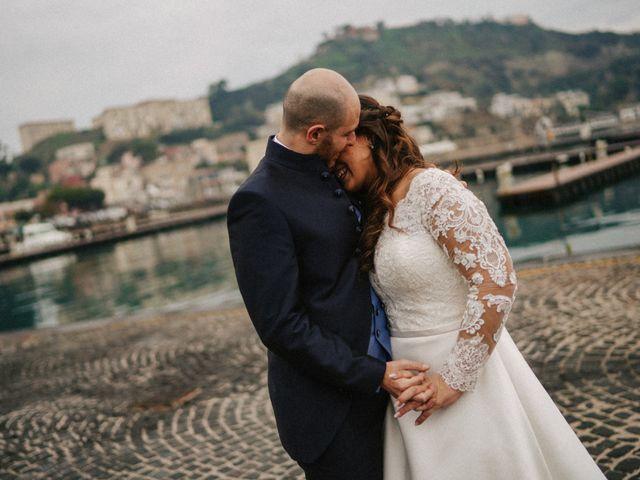 Il matrimonio di Angela e Camillo a Pozzuoli, Napoli 34