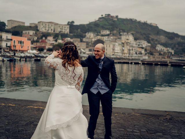 Il matrimonio di Angela e Camillo a Pozzuoli, Napoli 35
