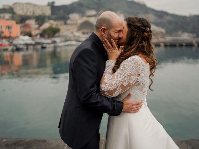 Il matrimonio di Angela e Camillo a Pozzuoli, Napoli 37