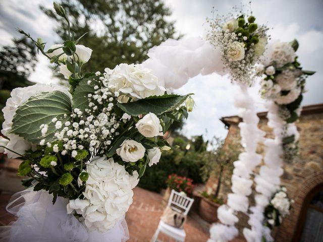 Il matrimonio di Pierluigi e Mayelin a San Gimignano, Siena 25
