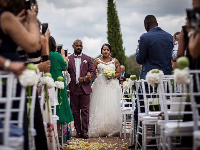 Il matrimonio di Pierluigi e Mayelin a San Gimignano, Siena 30