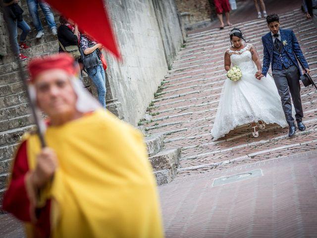 Il matrimonio di Pierluigi e Mayelin a San Gimignano, Siena 81