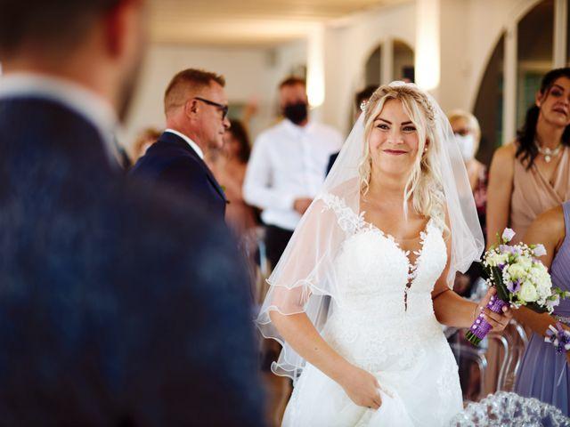 Il matrimonio di Marco e Kenana a Silea, Treviso 28