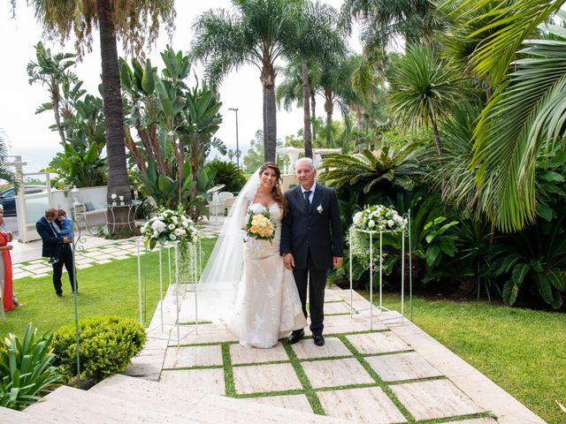 Il matrimonio di Sara e Daniele a Aci Castello, Catania 30