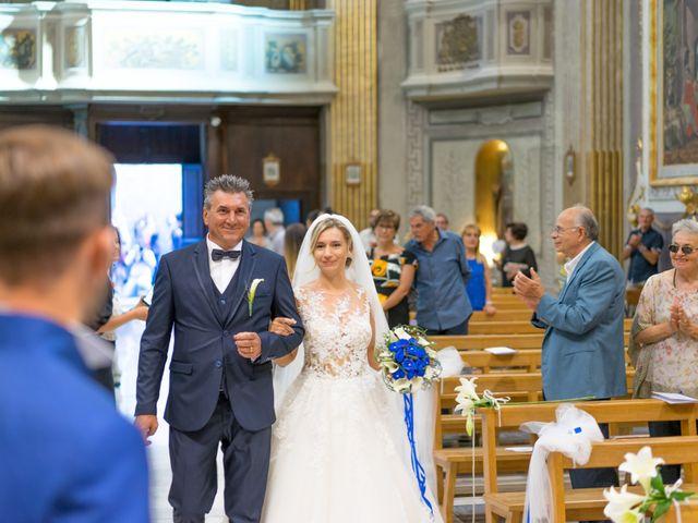Il matrimonio di Mirco e Martina a Corridonia, Macerata 17
