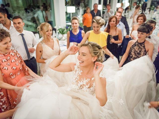 Il matrimonio di Mirco e Martina a Corridonia, Macerata 28