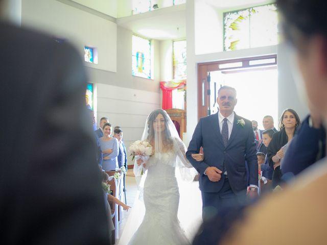 Il matrimonio di Francesco e Francesca a Rocca di Neto, Crotone 17
