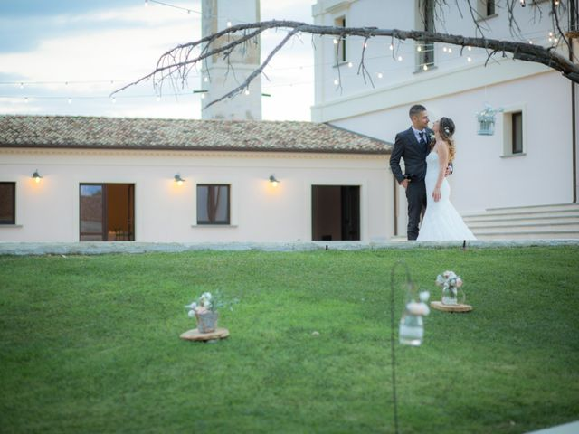 Il matrimonio di Francesco e Francesca a Rocca di Neto, Crotone 23