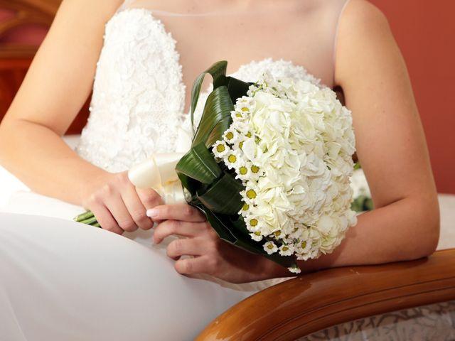 Il matrimonio di Luigi e Valentina a Melissa, Crotone 1