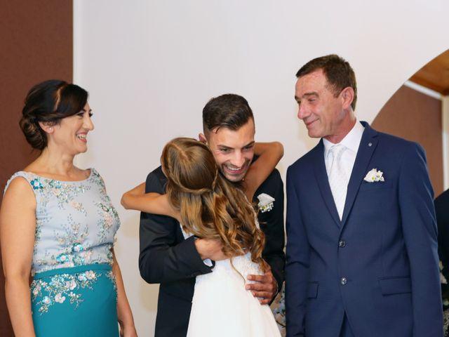 Il matrimonio di Luigi e Valentina a Melissa, Crotone 7